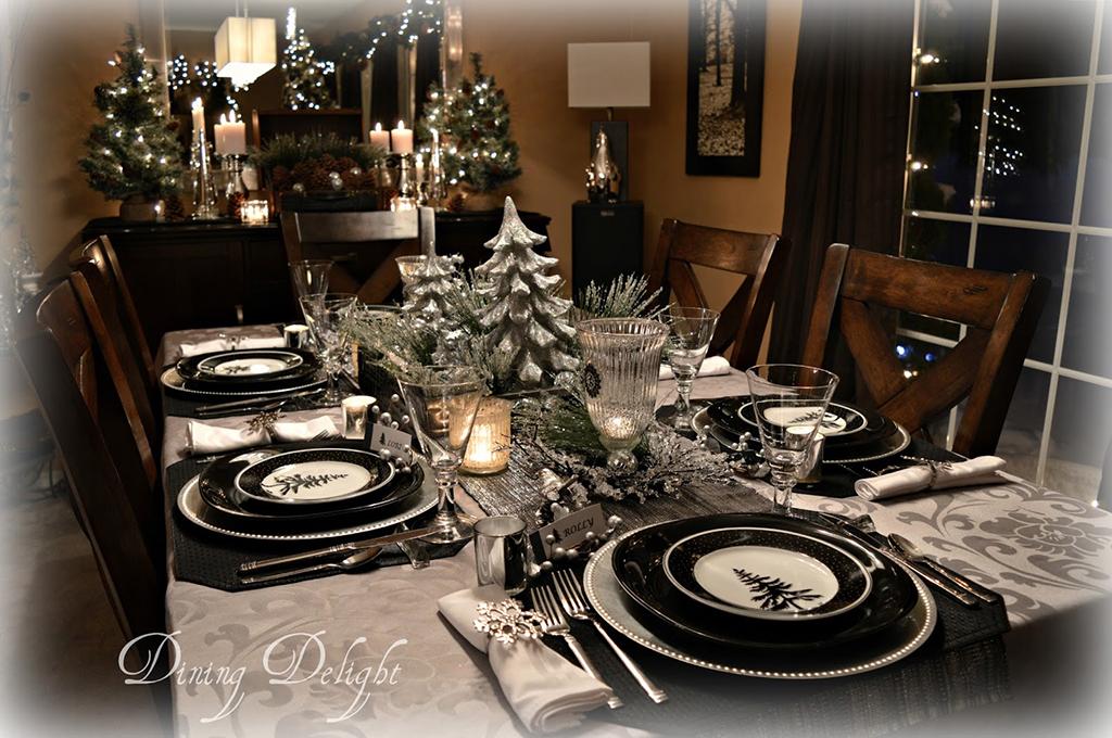 Silver-Black--White-Christmas-Tablescape.jpg