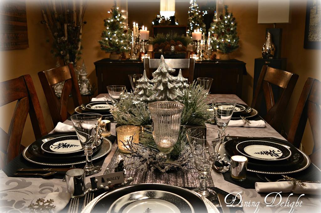 Silver-Christmas-Tree-Tablescape.jpg