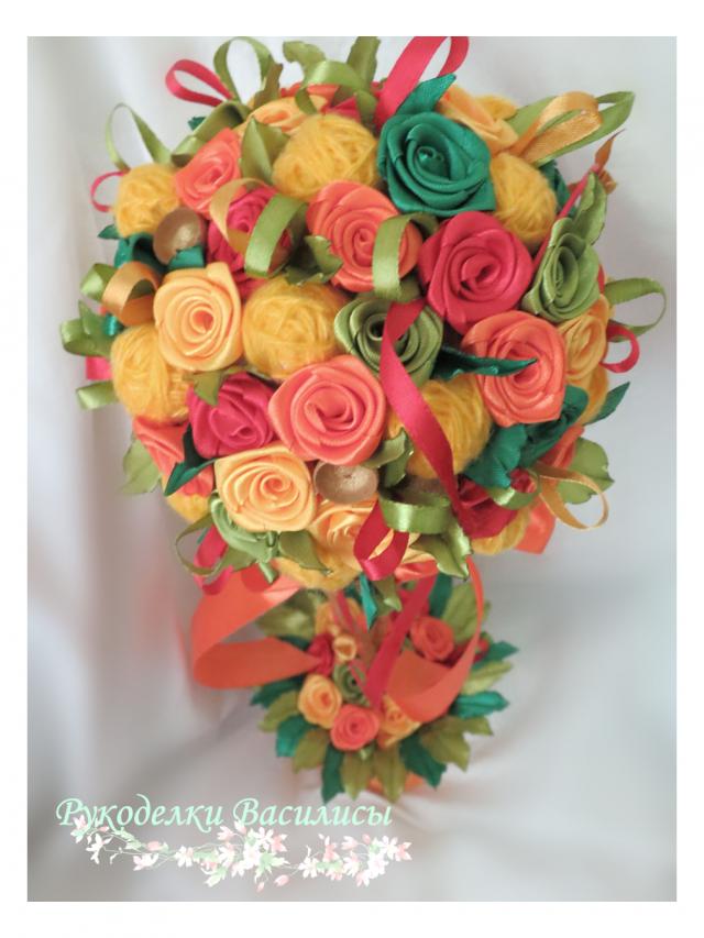 осень, подборка осенних работ DIY, рукоделки василисы, цветочные топиарии, цветы из атласных лент, теплые оттенки